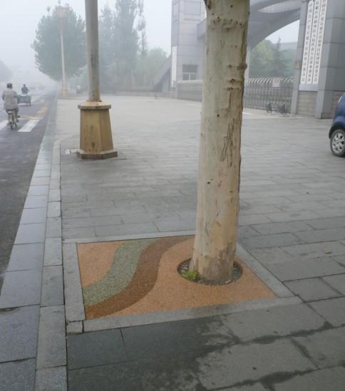 街道不同特点,设计不同图案,施工简单,是城市园林绿化景观的一